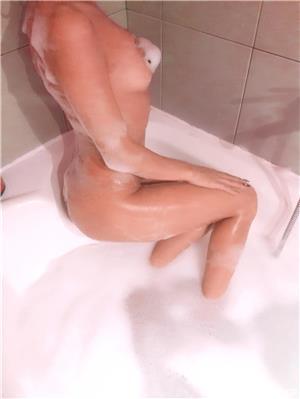 Anunturi escorte sexy: Bruneta 13 septembrie monitoru oficial
