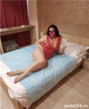 Anunturi escorte sexy: Felina porno Singura