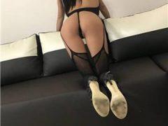 Anunturi escorte sexy: Bruneta matura